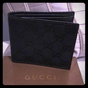 Authentic black Gucci GG wallet